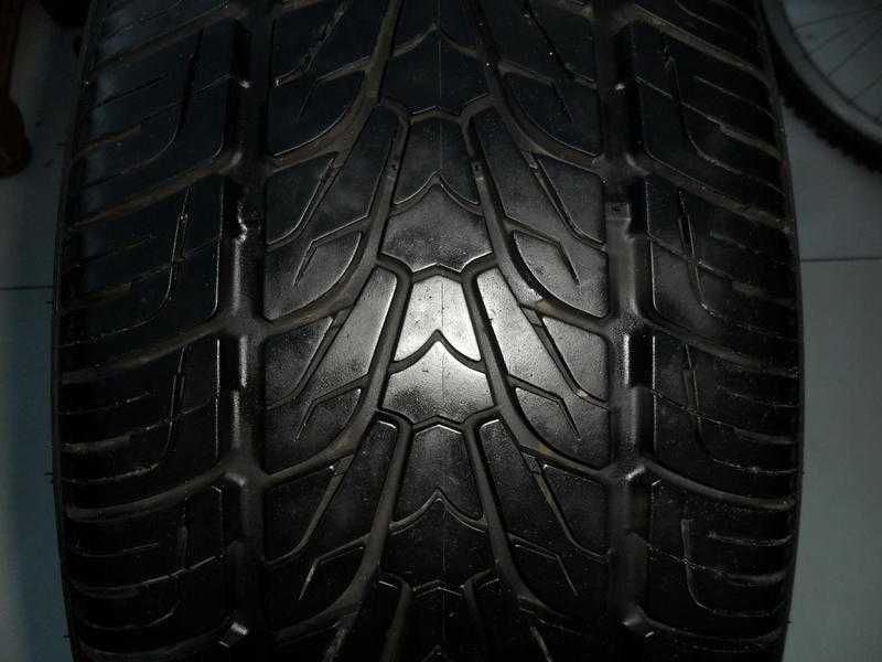255 50 20 109V NEXEN ROADIAN EXTRA LOAD MampS TYRES ( 2 AVAILABLE )