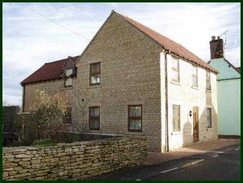 4 bedroom house in Cricklade