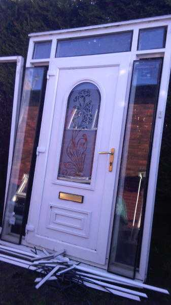 beautiful conservatory front unit includes glass  bead  key  flag hingers  gold handles etc etc