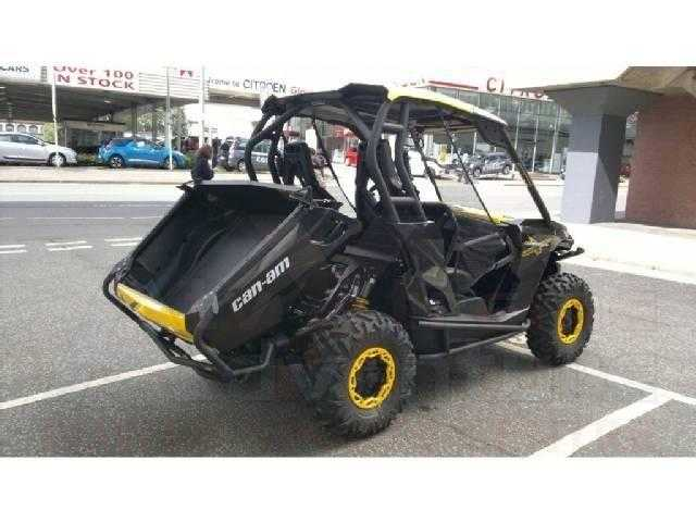 Can-Am Commander 2011