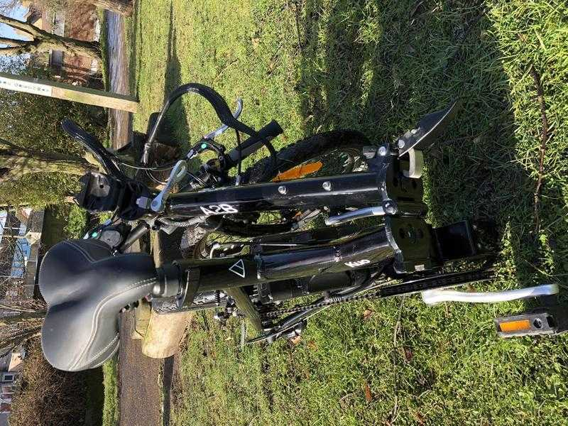 Electric folding e-bike A2B Kue