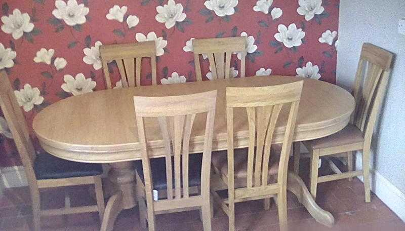 Larkswood Solid Oak Extendable Table Seats 68
