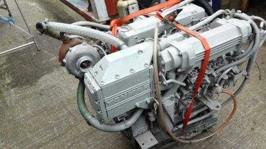 MARINE ENGINE FOR SALE