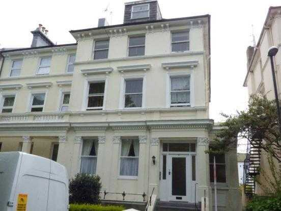 Recently refurbished one bedroomed top floor flat in the much sought after Upperton area.