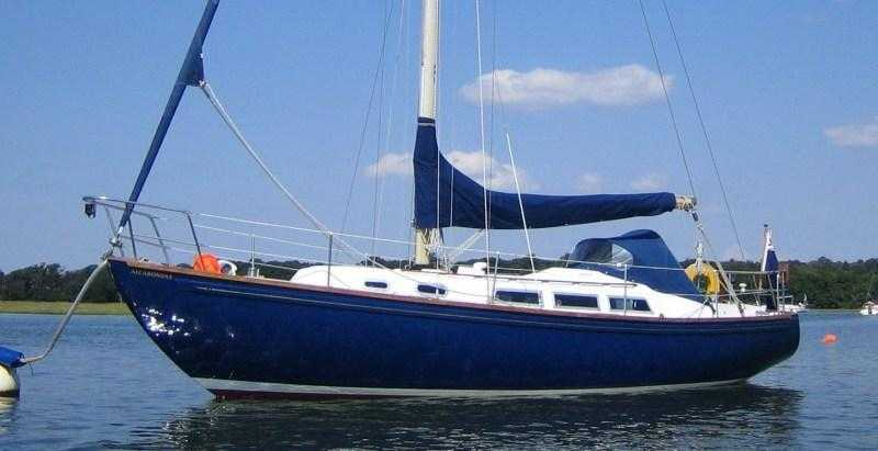 RIVAL 32  1979 READY TO SAIL ANYWHERE WELL EQUIPPED 13995 reduced