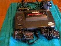 SEGAMASTER SYSTEM II WITH GAMES