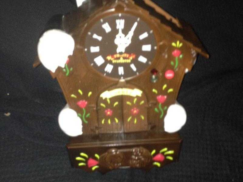 Wanted Sylvester and tweety pie animated cuckoo clock