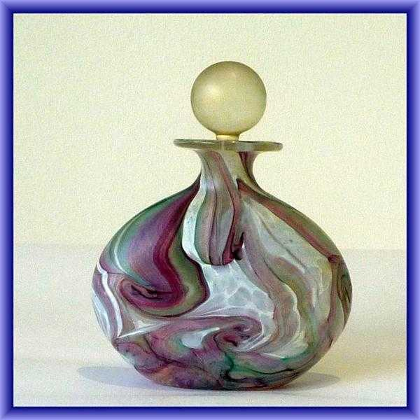We are looking for more Isle of Wight studio glass....